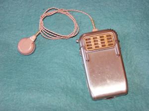 Sonotone Model 1010 Hearing Aid
